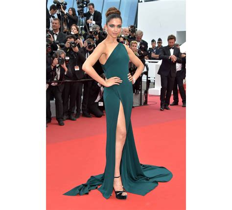 deepika padukone cannes 2017 cannes film festival day 2 hottest women at cannes 2017