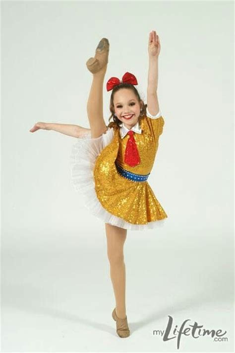 maddie ziegler dance moms 2014 perfect side kick maddie ziegler from dance moms executes