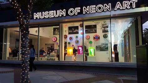 neon lights los angeles the 10 best california tour ideas i avital tours