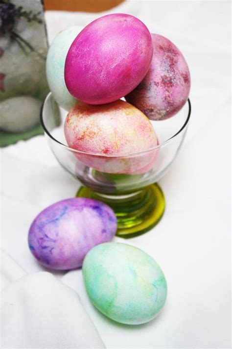 egg decorating ideas 29 easter egg decorating ideas anyone can make diy projects