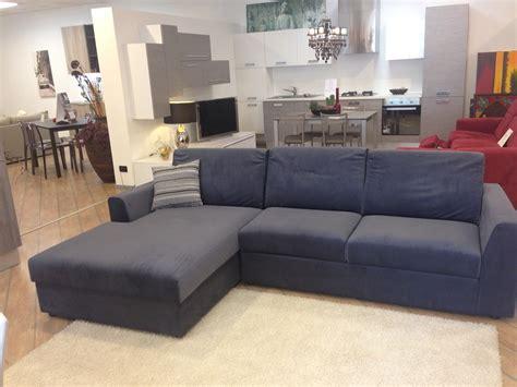 divani pibiemme divano con penisola modello viveur di pibiemme scontato