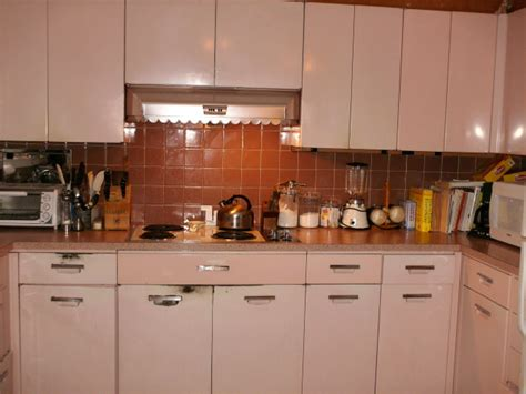 paint metal kitchen cabinets how to paint metal kitchen cabinets e coating in place was