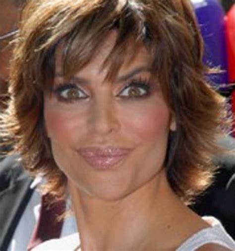 hairstyles lisa rinna u2013 short textured hairstyle