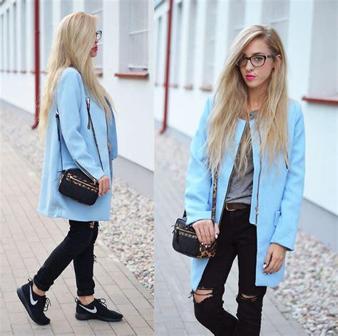 Tasbag Baby Zara Postman ariadna majewska styl navy blue pan collar dress mode kungen black suede boots