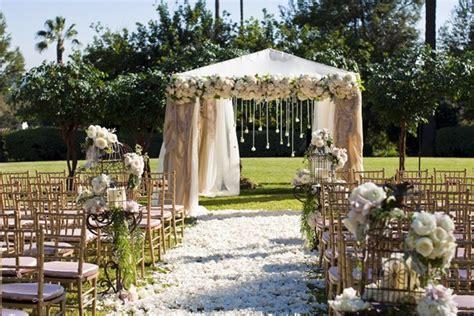 Wedding Aisle Decorations Uk by Wedding Decoration Ideas Bird Cage Designs Inside Weddings