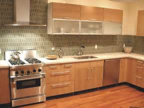 create a beautiful backsplash in modern kitchen design
