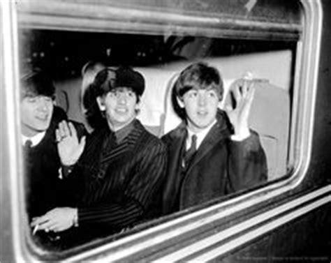 The Beatles on The Train (60 Photos) – The Beatles