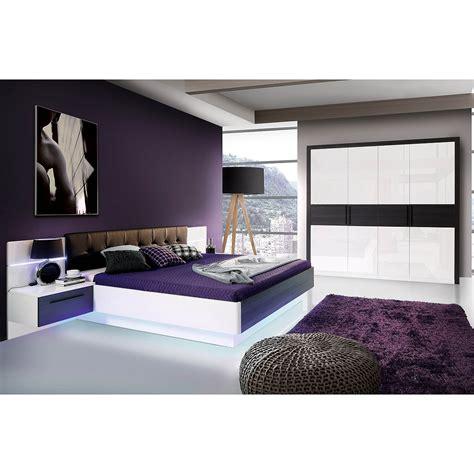 schlafzimmer bett und schrank schlafzimmer 1 recover schrank bett nako wei 223 hochglanz