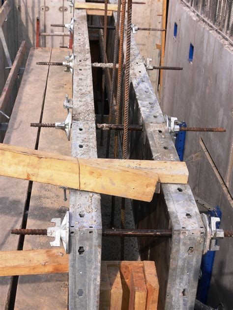 cast in place concrete wall section concrete forming buildipedia