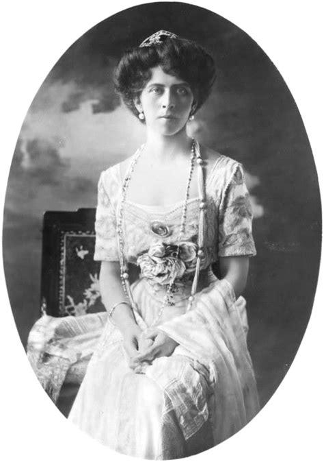 Princess Viktoria of Prussia, Princess of Schaumburg-Lippe
