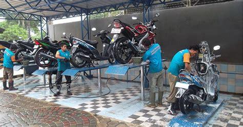 Alat Untuk Bisnis Cuci Motor cara bisnis cuci motor peluang baik di musim hujan