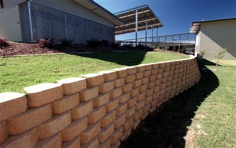 ilandscape products adbri masonry diamond retaining wall
