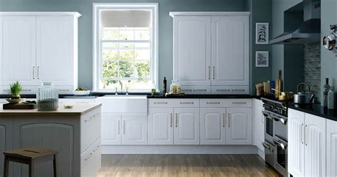 professional kitchen cabinet painting sound finish cabinet painting refinishing seattle