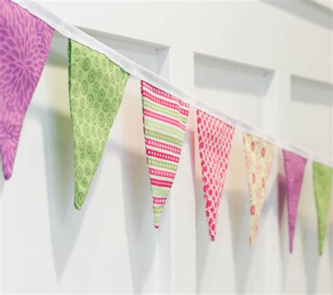 pattern for fabric pennant banner how to sew a simple double sided diy pennant banner the