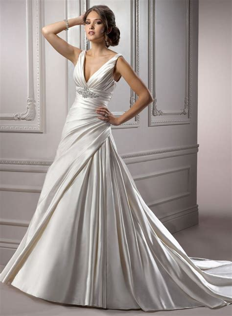 Non strapless dresses! : wedding gowns large busted non