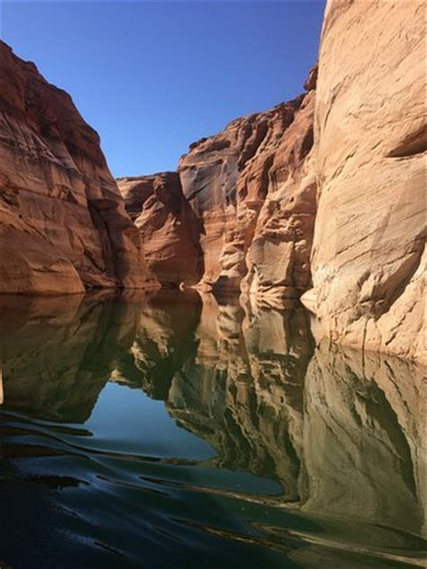 antelope point marina boat tours boat tour from lake powell point marina to antelope canyon