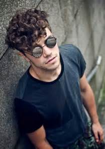 boys haircut for really thick wavy hair 10 thick curly hair men mens hairstyles 2017