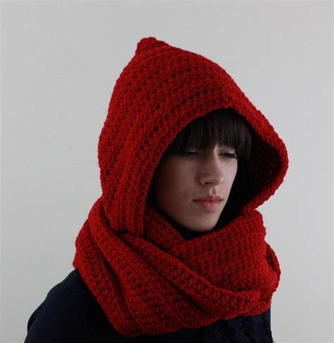 how to knit a hooded scarf 16 best images about crochet infinity scarf hooded on