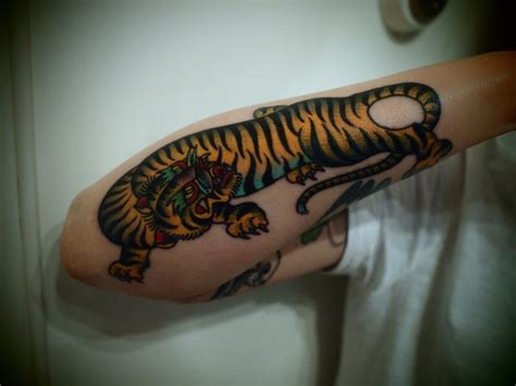 korean tiger tattoo traditional korean designs www imgkid the