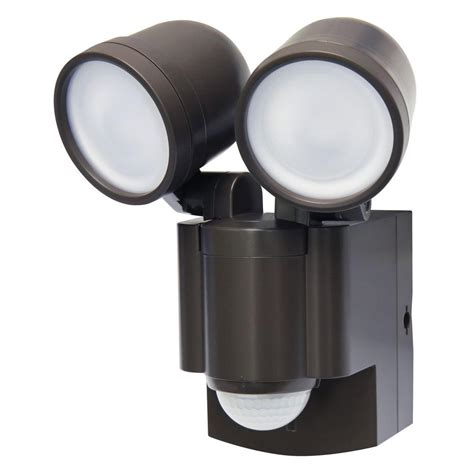 Outdoor Light Battery Operated Iq America Bronze Battery Operated Motion Sensor Led Light Lb 1403 Bz The Home Depot