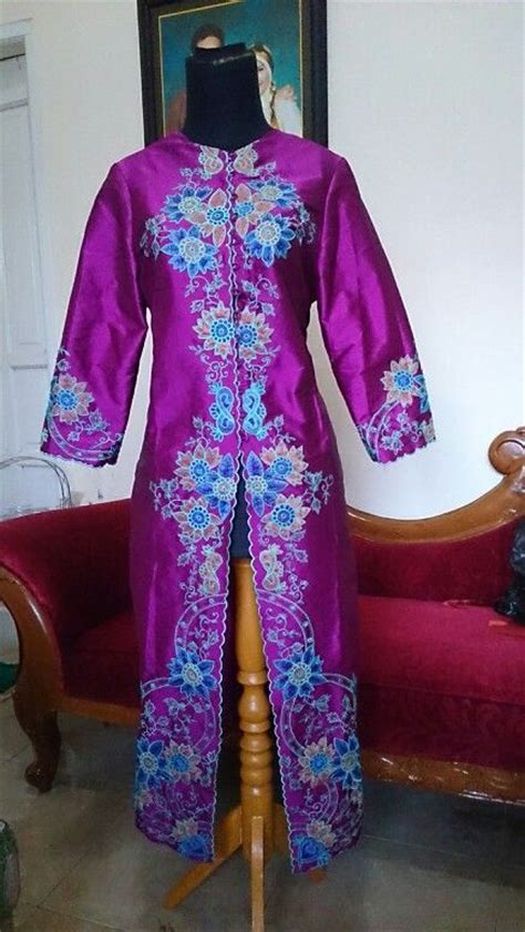 Bordir Kebaya 263 best images about lovely kebaya batik on sarongs lace and hashtag