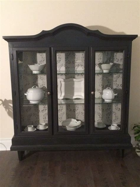 Painted Curio Cabinets by 222 Best Images About Curio Cabinets On Glass