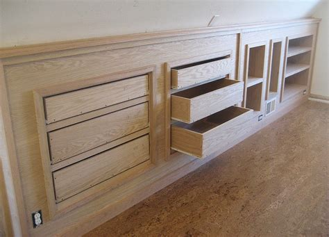 Knee Wall Storage Drawers by 1000 Ideas About Knee Walls On Dormer Bedroom