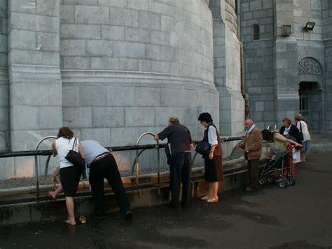 vasche di lourdes lourdes vasche 28 images mgr brouwet bloque le projet