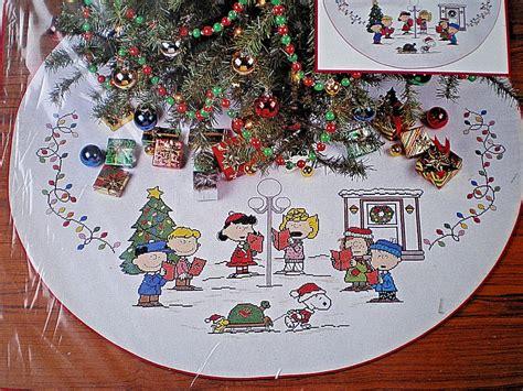 peanuts snoopy charlie brown sing along tree skirt
