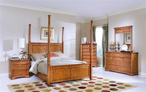 Light Cherry Bedroom Furniture Light Cherry Finish Master Bedroom With Removable Posts