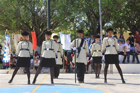 imagenes de escoltas vip concurso estatal de escoltas de bandera 2016