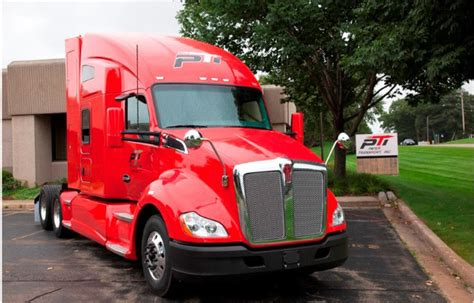 paper truck kenworth paper transport rolls out first kenworth t680 cng trucks