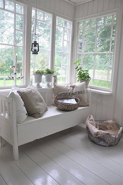 Sunroom Bench 15 Bright Sunrooms That Take Every Advantage Of Natural Light