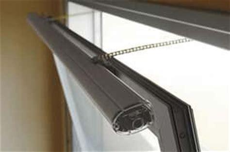 tende per finestre vasistas scegliere la finestra giusta