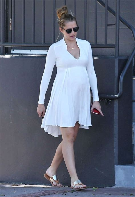 Dress Theresia teresa palmer in white dress 07 gotceleb