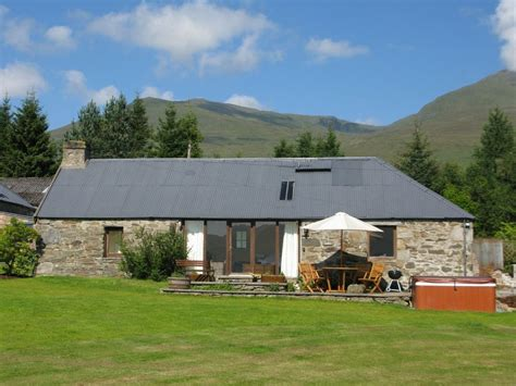 cottages in scottish highlands sam s cottage beautiful converted steading in scottish