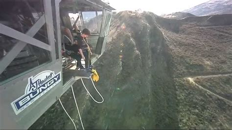 new zealand bungee swing queenstown party check out queenstown party cntravel