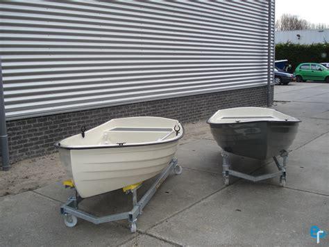 roeiboot voor zeilboot boumans polyesterbedrijf nieuwegein