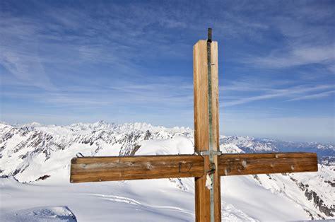 berg berge alpen gebirge kreuz outdoor