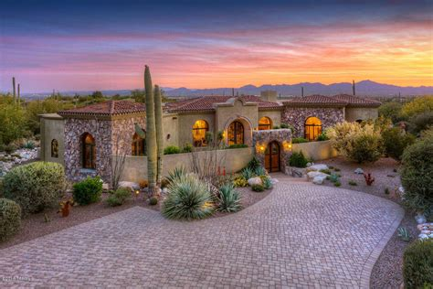 Luxury Homes Tucson Az Homes For Sale In Tucson Az The Tavares Luera Team