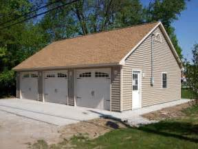 How Big Is A 3 Car Garage improvement coach house 3 car garage and more dream garages hubpages