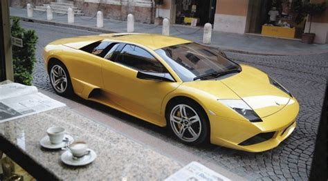 Lamborghini Murcielago LP640 (2006) review by CAR Magazine