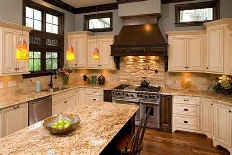 travertine kitchen backsplash with
