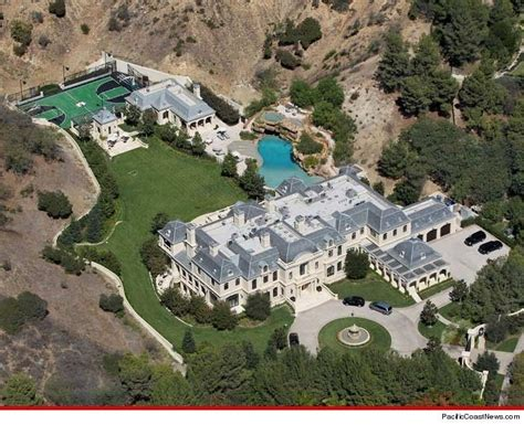1006 Mark Walhberg House Mansion Pcn Mark Wahlberg S Massive Home In Beverly Park