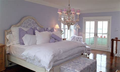 Lavendar Bedroom | what is lavender and how to work with this color