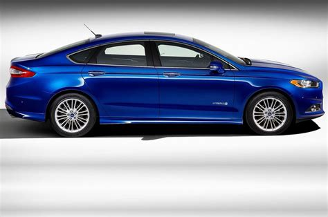 2012 Ford Fusion Mpg by 2012 Ford Fusion Hybrid Review Specs Pictures Price Mpg