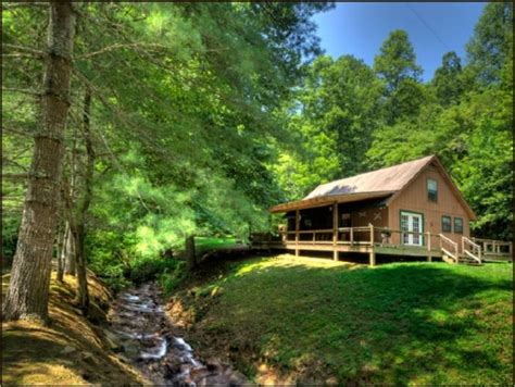 secluded creekside cabin in smoky mountains near bryson
