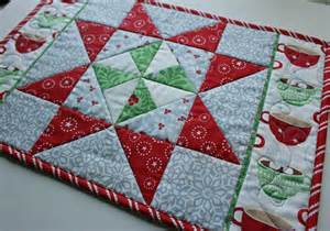 freebies for crafters table runner and placemats
