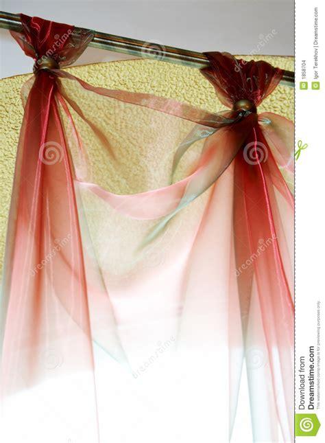 tende rosse tende rosse immagini stock immagine 1858704
