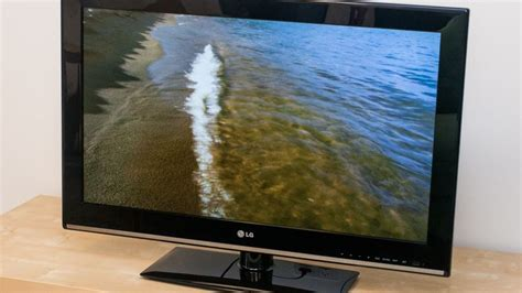 Tv Lcd Lg 17 Inch lg 32cs460 32 class 31 5 viewable lcd tv review cnet